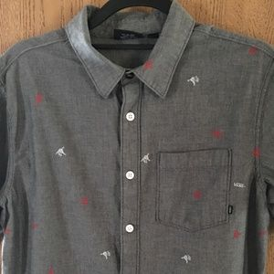 VANS BUTTON UP CASUAL SHIRTS SIZE MEDIUM